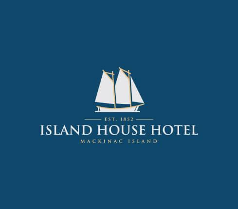 Online  Travel & Hotel Logo